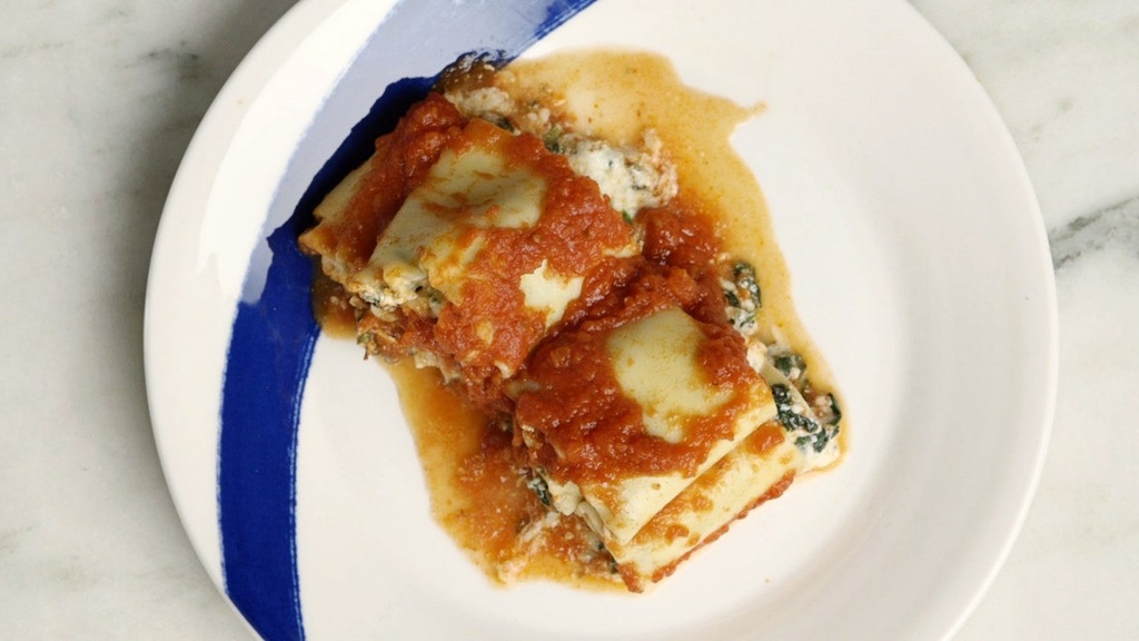 Slow-Cooker Spinach Lasagna Rollups