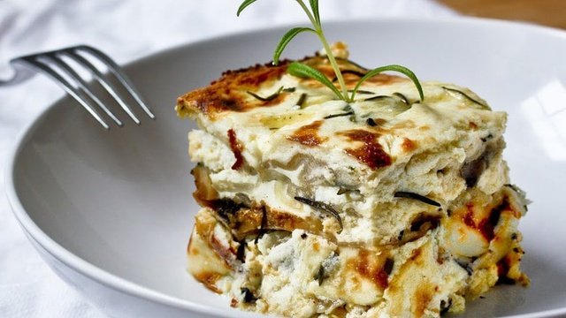 Rosemary Chicken Lasagna