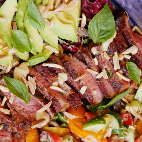 Grilled Steak Salad with Avocado