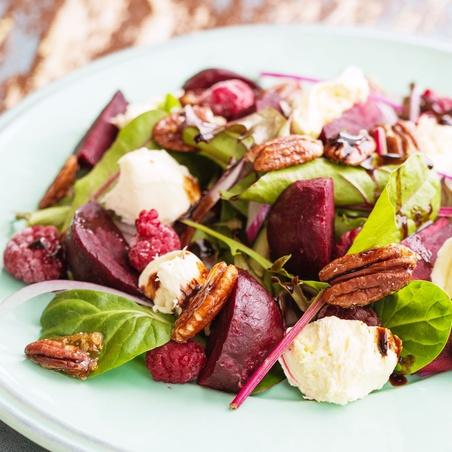 Beetroot And Honeyed Pecan Salad